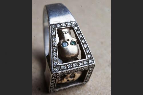 HD-Custom-jewelery-anello-Trilogy-teschi05