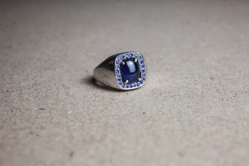 HD Custom jewelery anello scudo zaffiro01