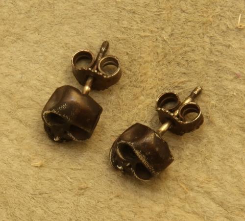 IMG_orecchini semplici in argento teschio